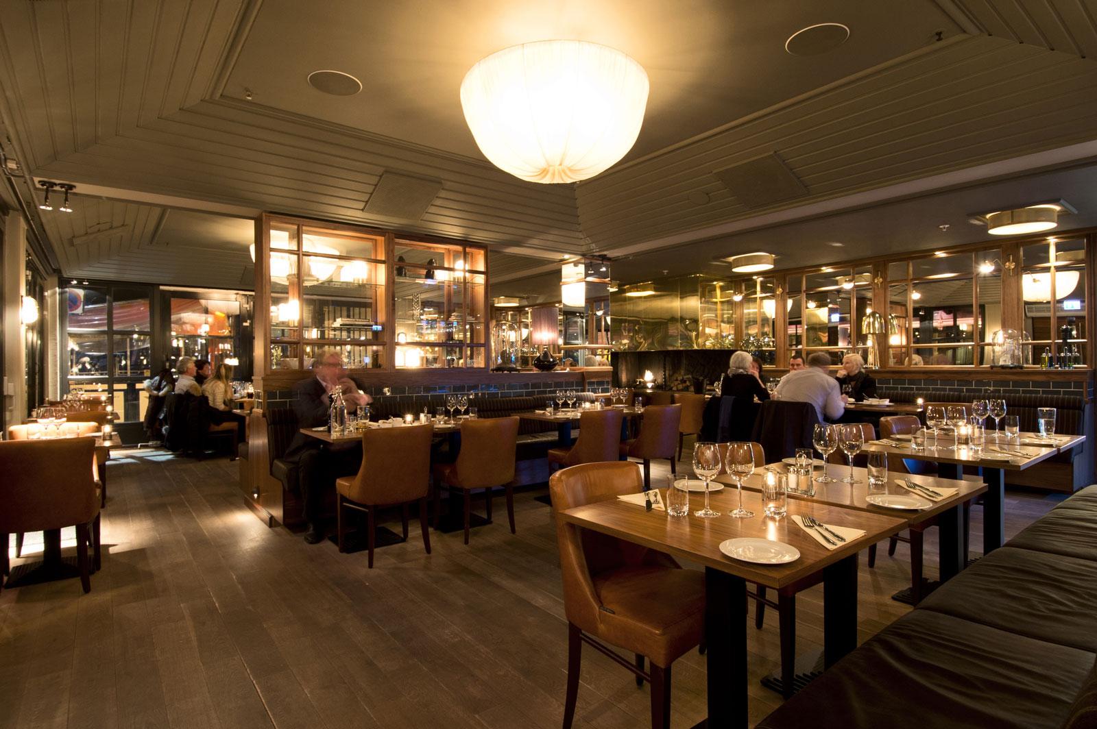 Restaurant t nsberg becks brasserie bar for Arredamento fast food